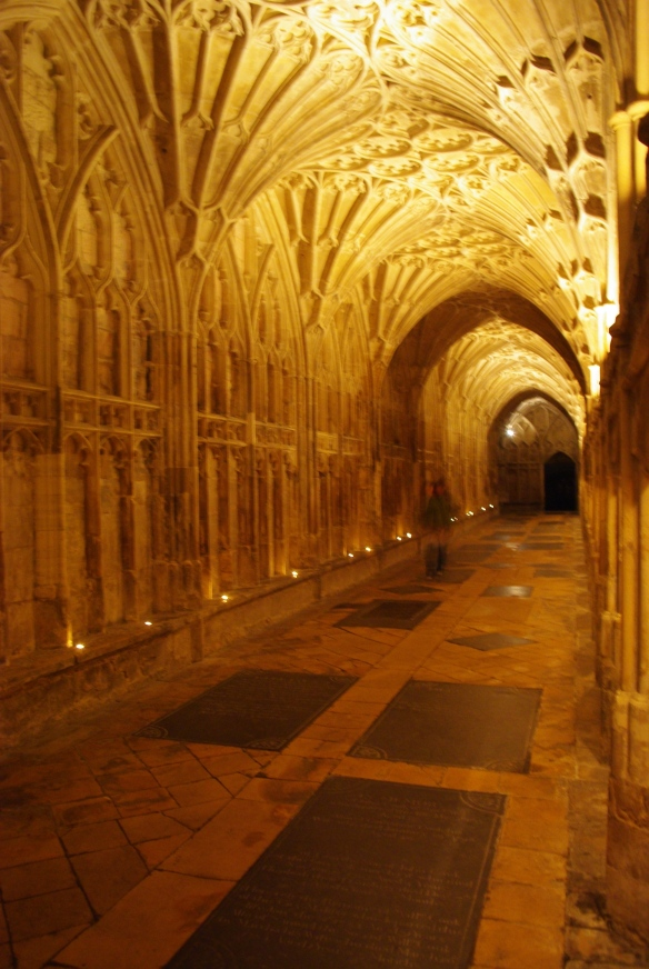 pilgrimage, cloister, gloucester cathedral