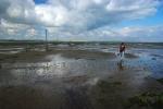 Michaela crosses the sands