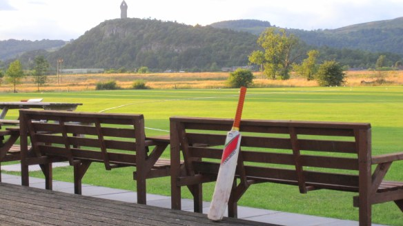 cricket bat, wallace monument